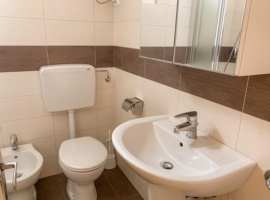 appartamento con bagno rinovato