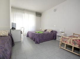 triple room without kitchen with breakfast